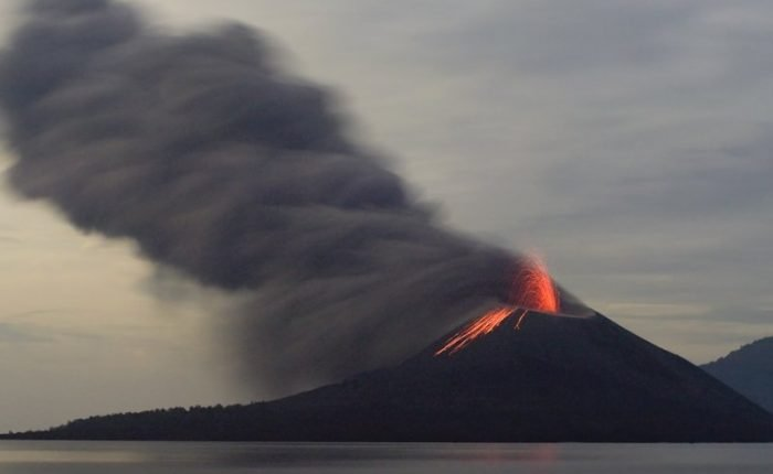 Monte Krakatau, Giava